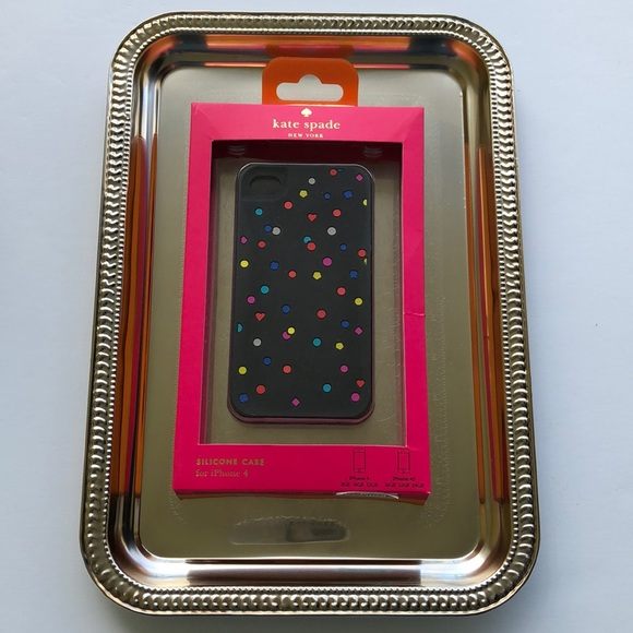 kate spade Accessories - 💚 New Kate Spade NY Hearts & Dots Silicone Case